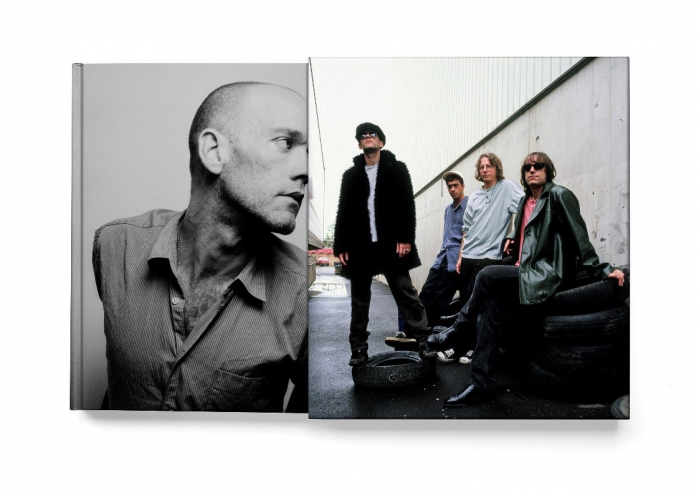 R.E.M IN PHOTOGRAPHS 1984-2005
